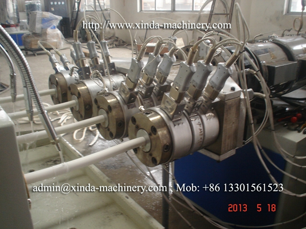 PVC pipe production line four output
